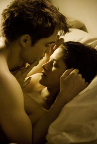 романтика постельных сцен