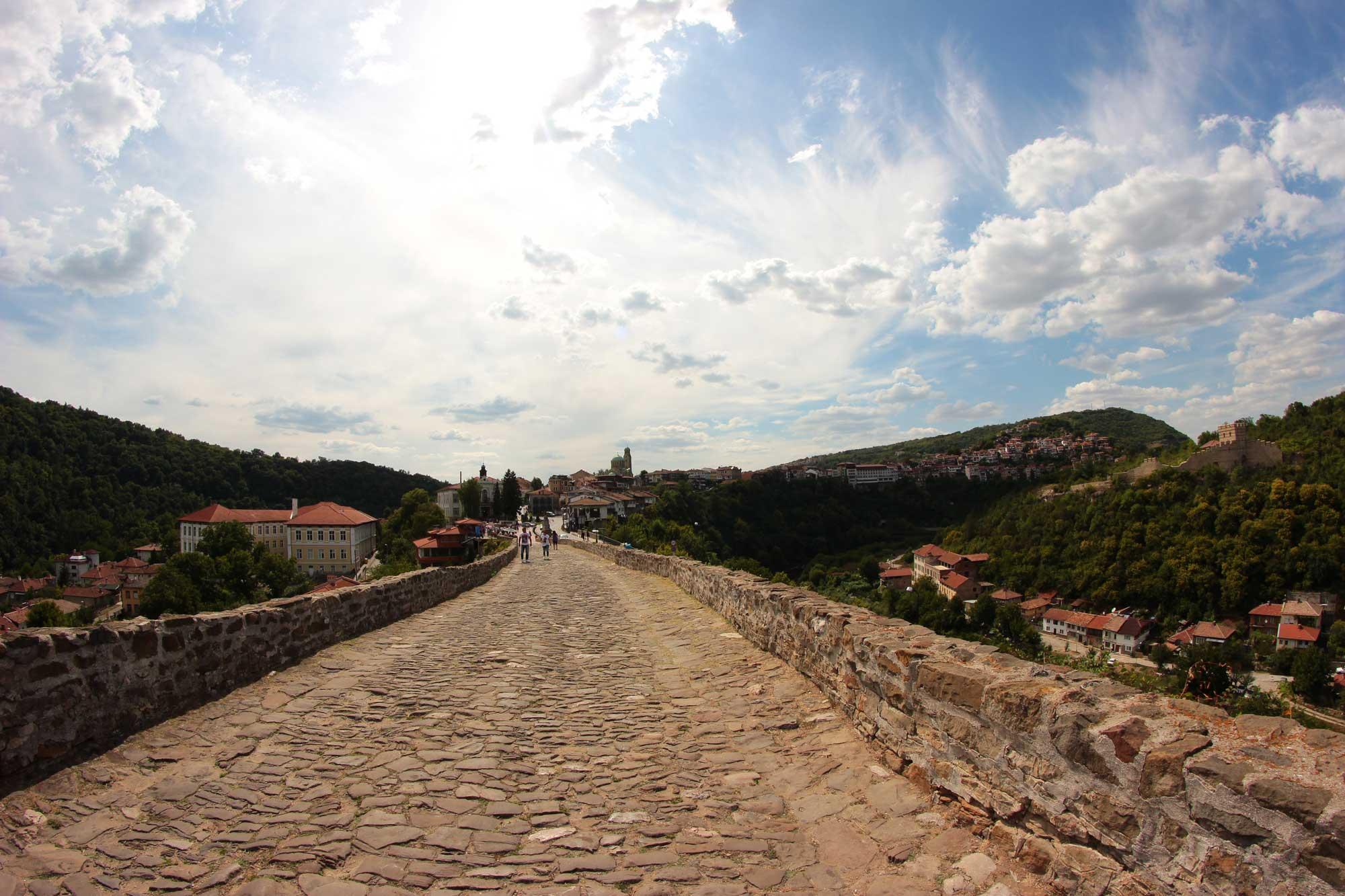 дорога к крепости с главной площади