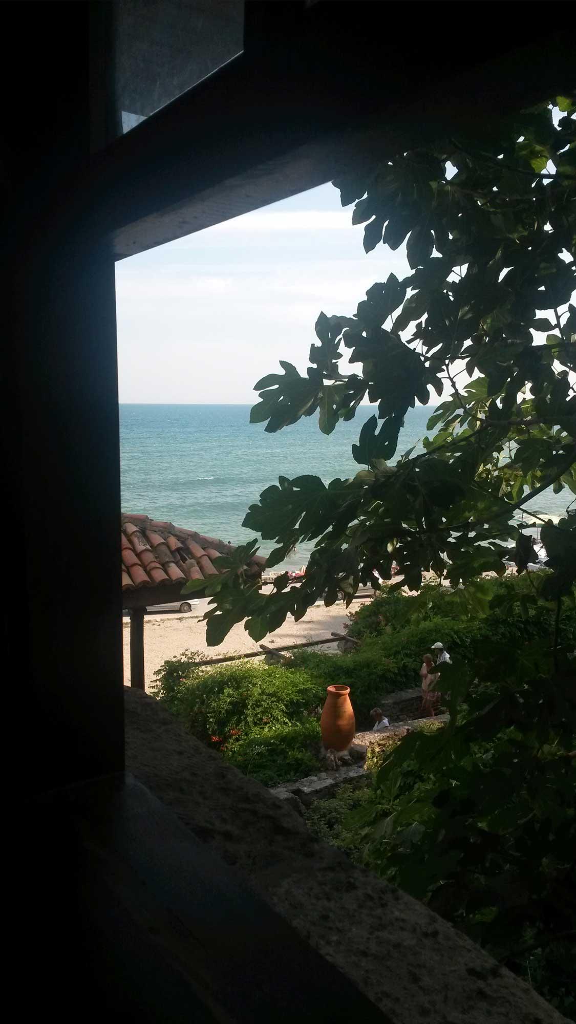 вид из окна покоев королевы марии