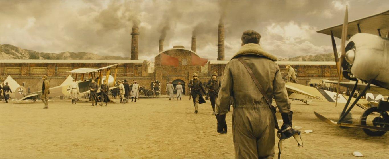 фильм покрывает события первой мировой