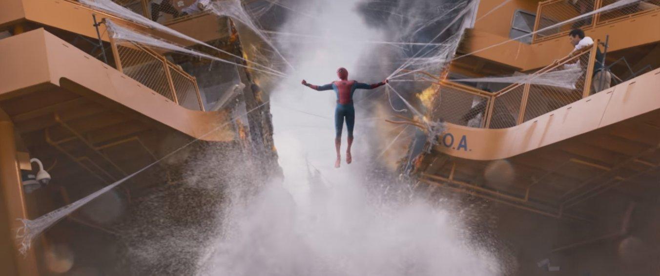 костюм человека паука возвращение домой